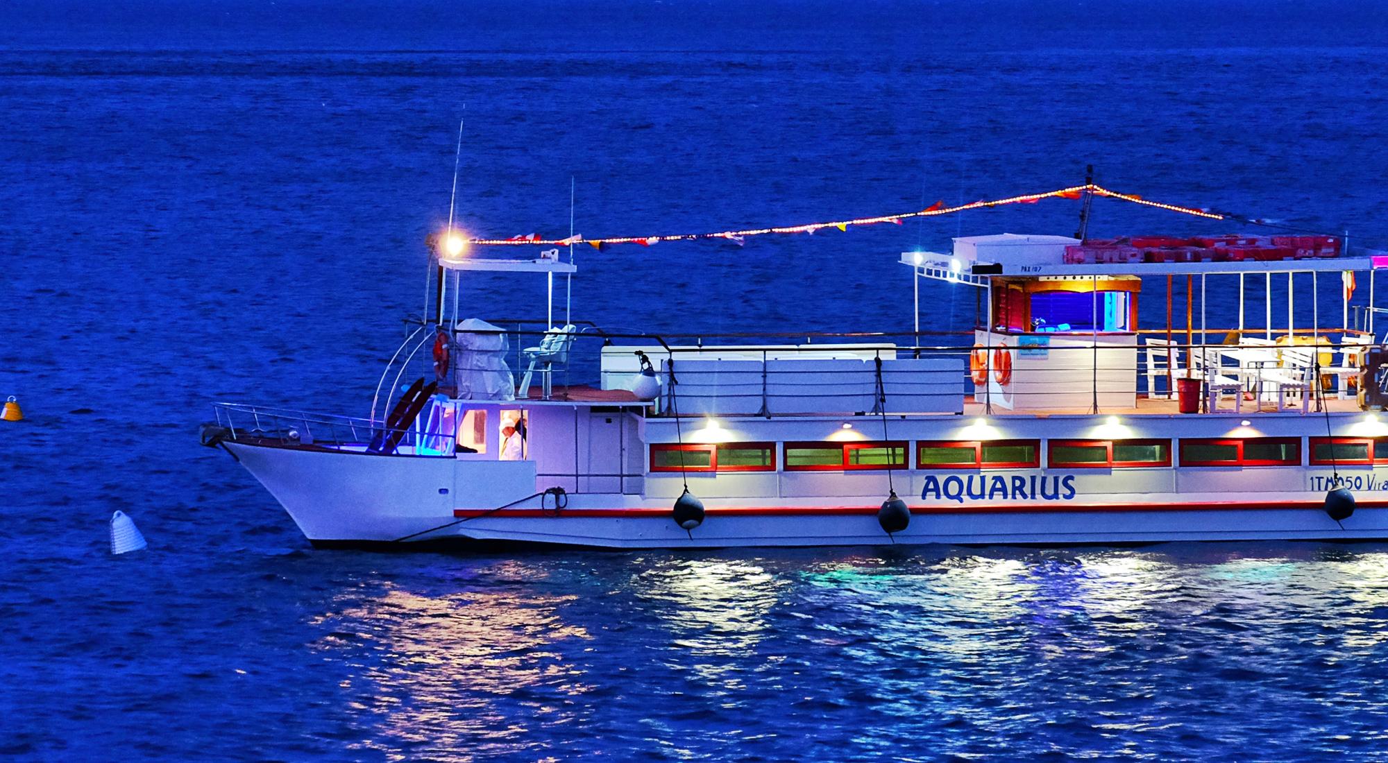 Aquarius-05